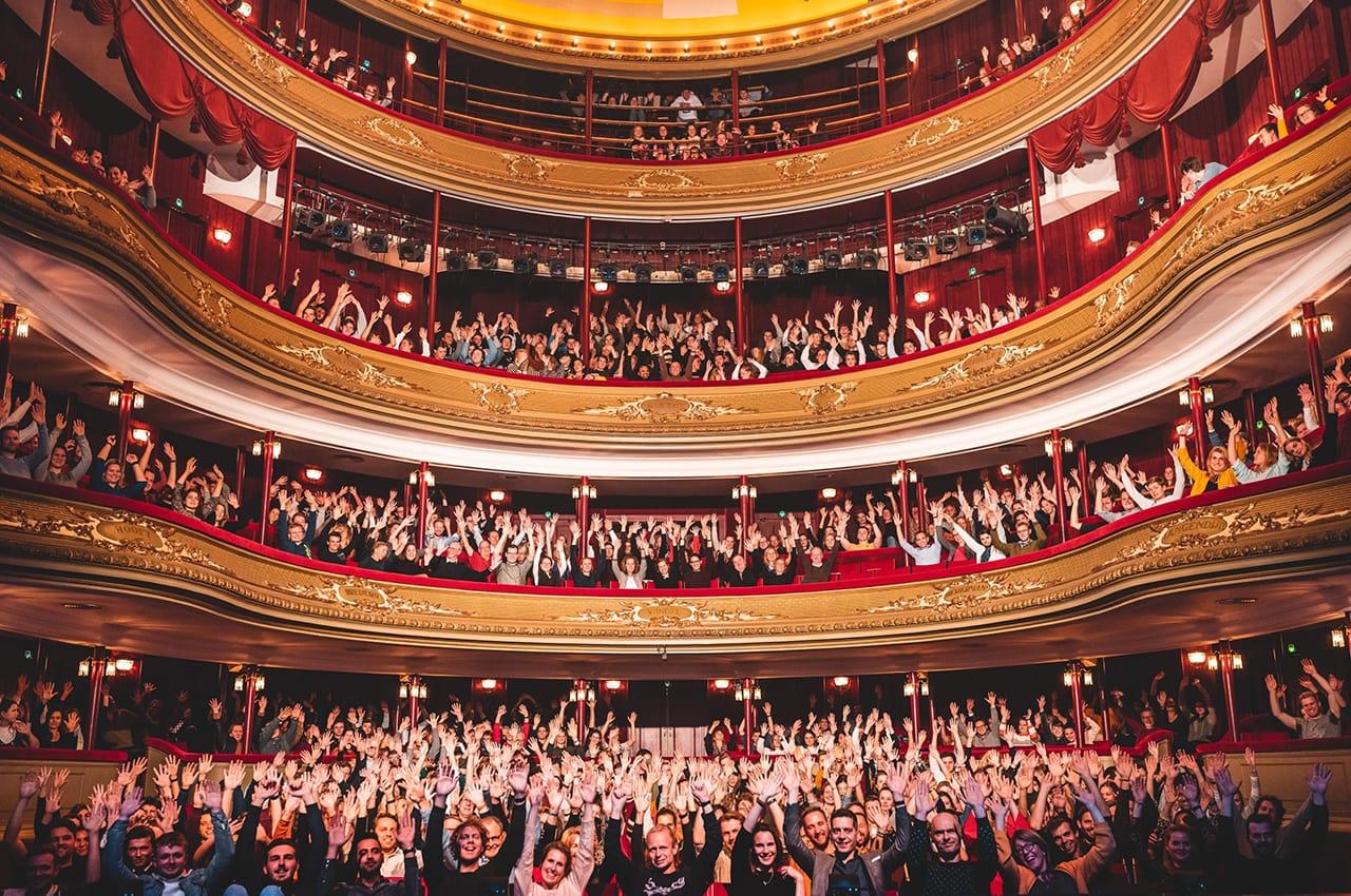 Bekijk de portfolio case evenementfotografie: het groninger studenten cabaret festival